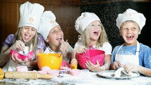 205969-kids-in-kitchen